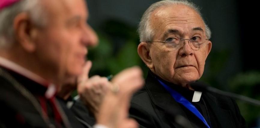 """Mons. Jesús Delgado Acevedo: """"Jamás Monseñor Romero se dejó acariciar los oídos escuchando sólo a algunos""""."""