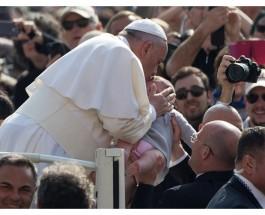 Impulsar – en Iglesia y sociedad – el respeto de la dignidad que Dios dio a hombre y mujer, pide el Papa